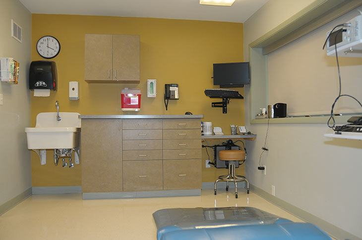 AOS Large Surgical Suite Photo